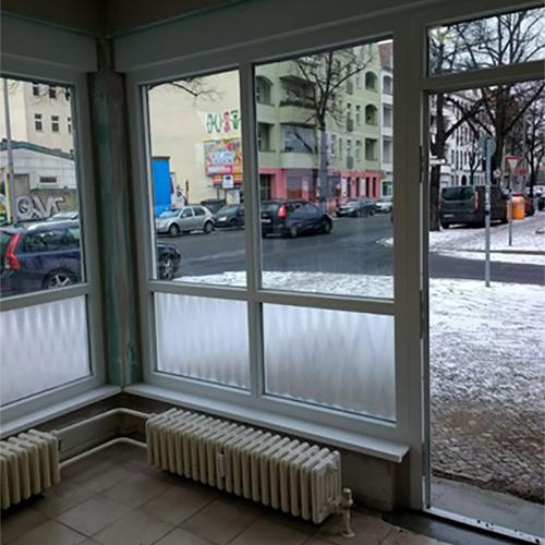 Ladengeschäft neue Fenster Krokos Berlin