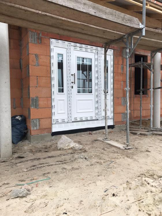 Neubau Haustür Fenster Krokos Berlin
